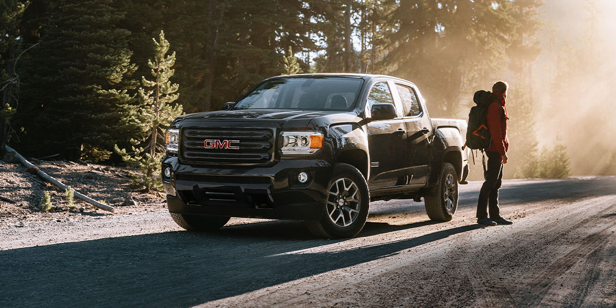 GMC Canyon - Front